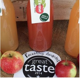 photo showing Damson and Apple Drink at a Farmers' Market